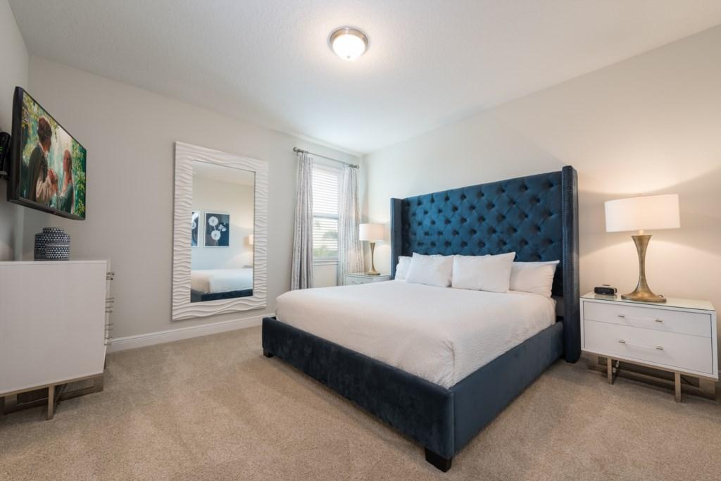 Master Bedroom 3-1.jpg