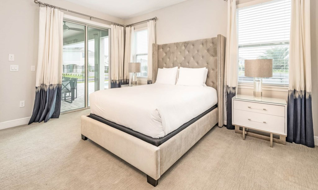 7640Fairfax bed2-1.jpeg