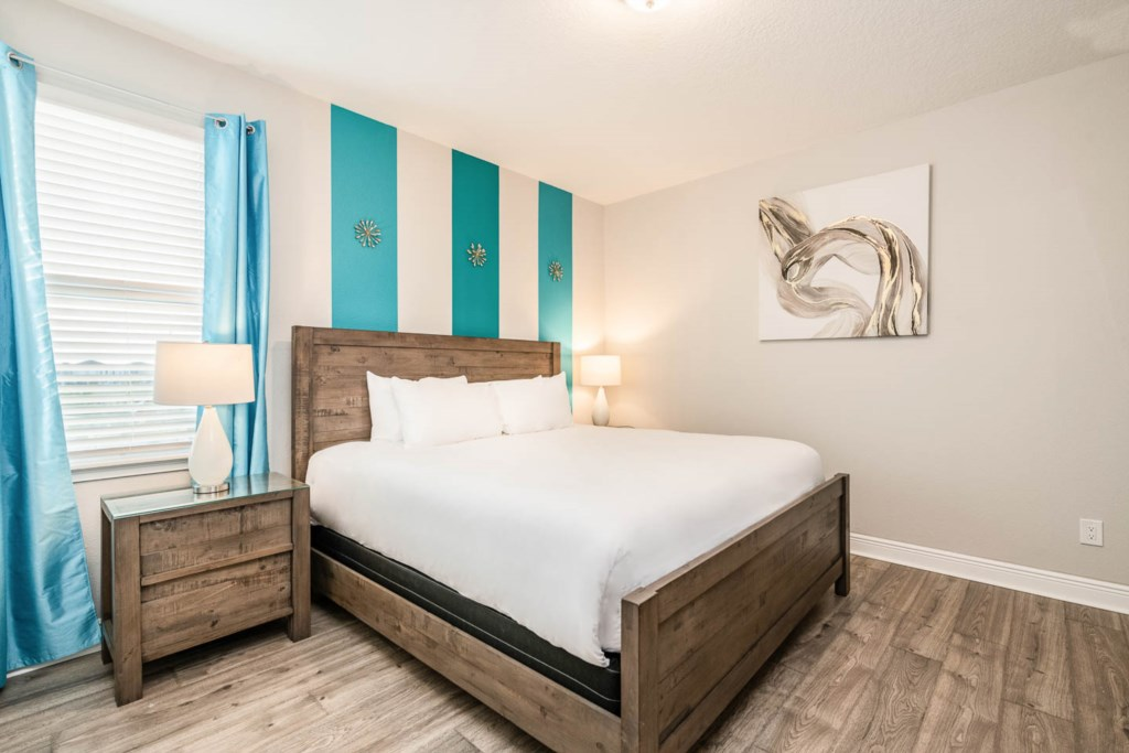 232 Auburn bed3.jpeg