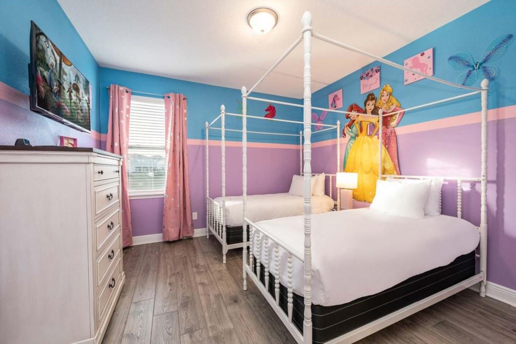 232 Auburn bed4.jpeg