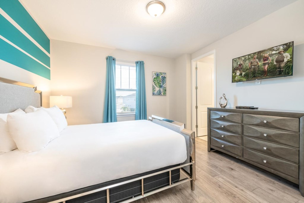 232 Auburn bed5-1.jpeg