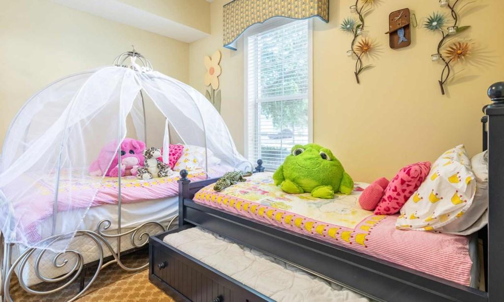 7414EXD bed2.jpeg