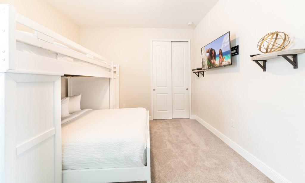 7434MAR bed5-1.jpeg