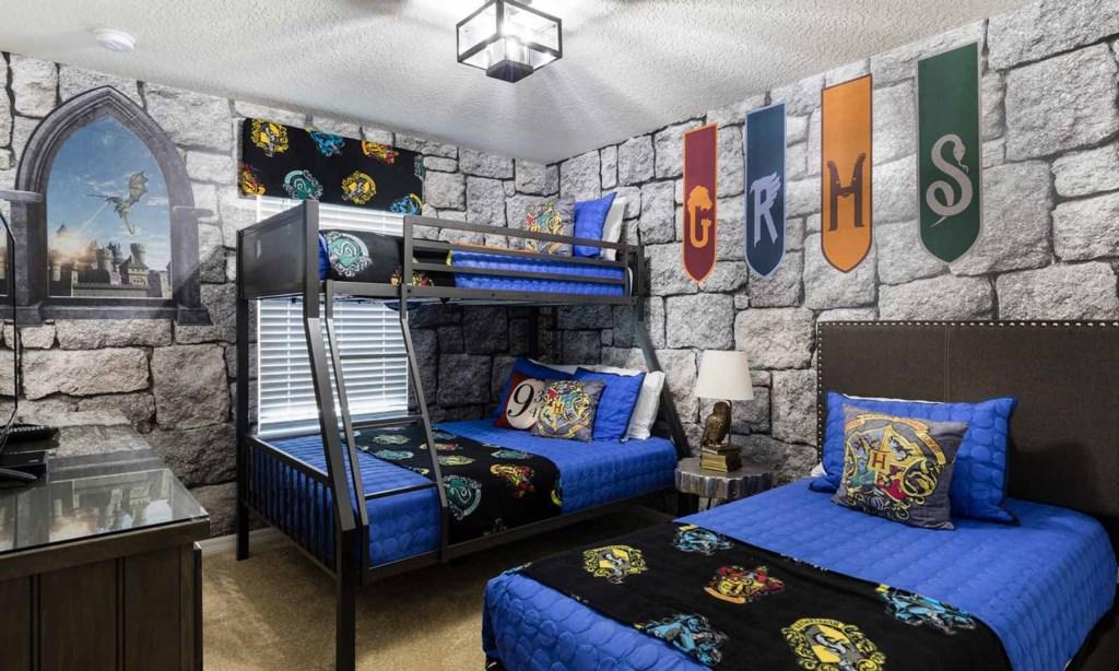 1901Nice bed1.jpeg