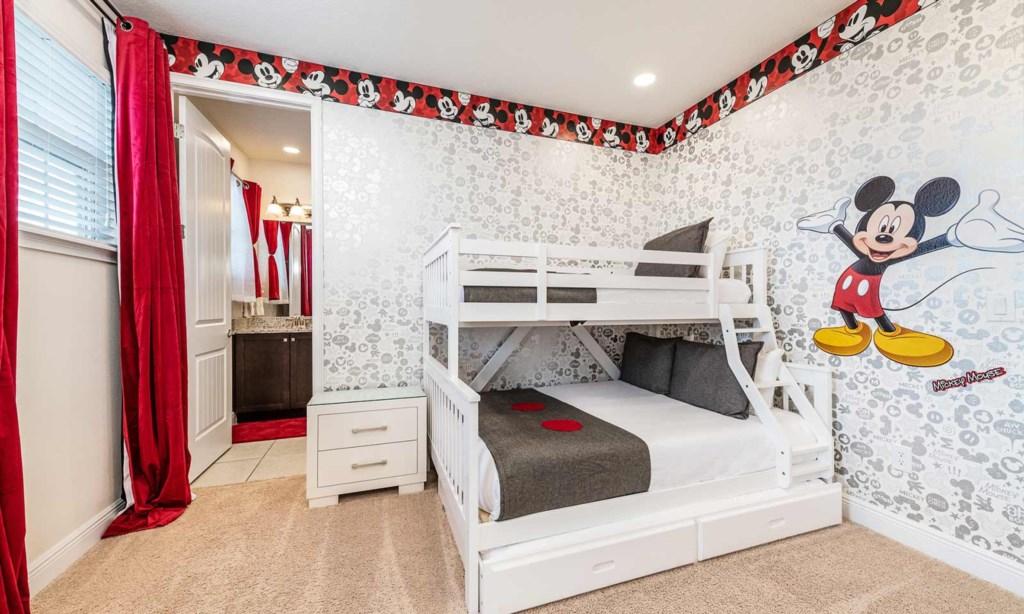 450BUR bed1.jpeg