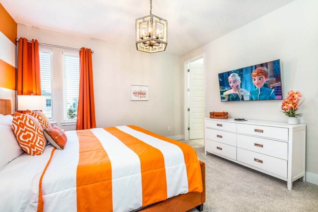 272 Auburn Avenue bed3-1.jpeg
