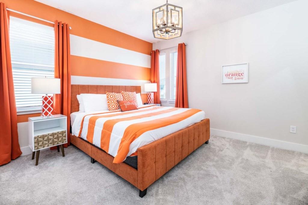 272 Auburn Avenue bed3.jpeg