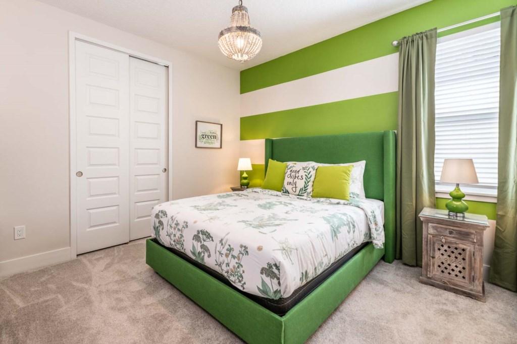 272 Auburn Avenue bed5.jpeg
