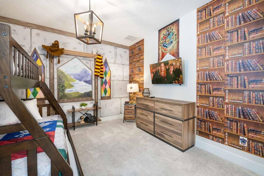 272 Auburn Avenue bed7-1.jpeg