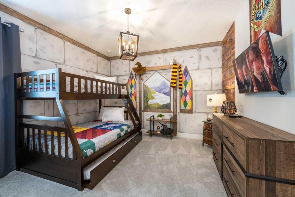 272 Auburn Avenue bed7.jpeg