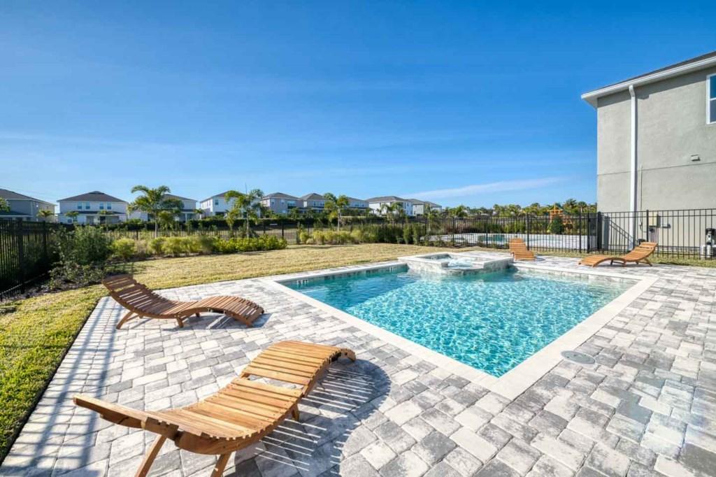 272 Auburn Avenue pool.jpeg
