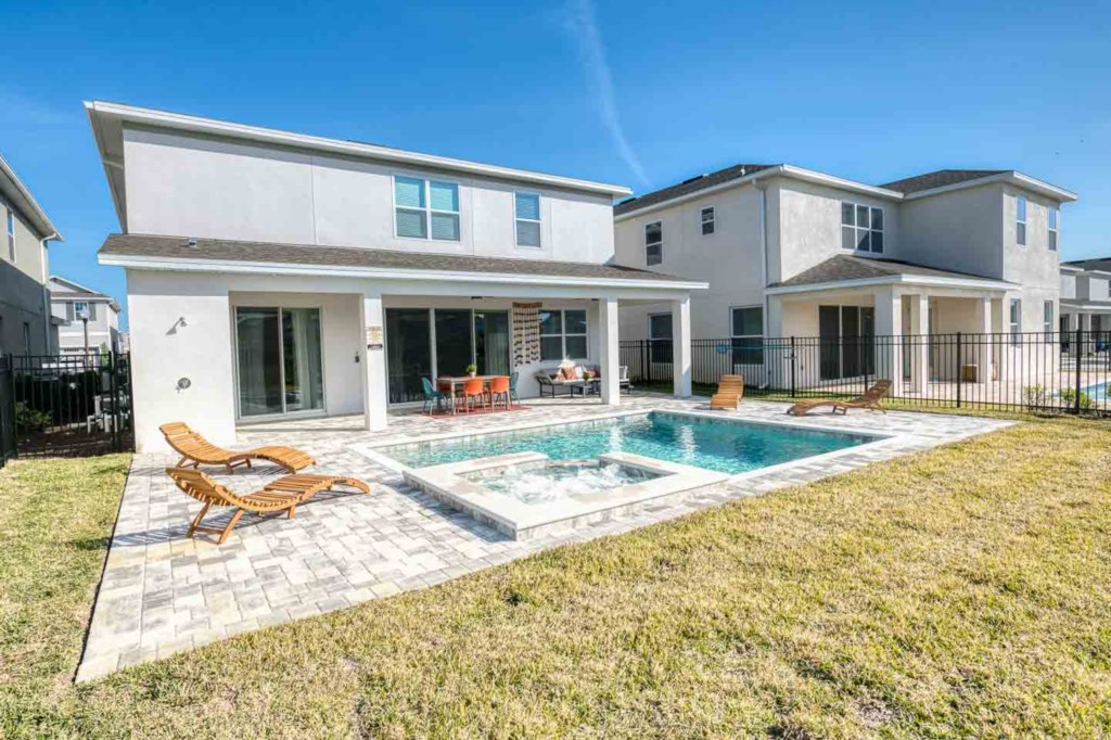 272 Auburn Avenue pool1.jpeg