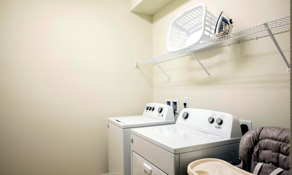 1686LimaAve laundry1.jpeg