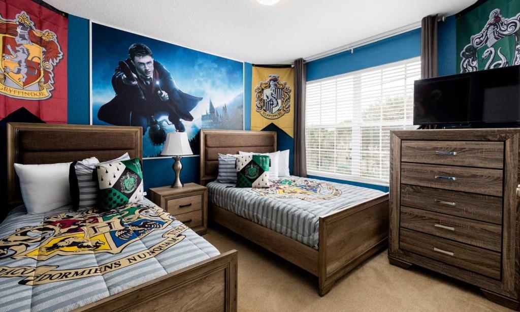 2607DVS bed2.jpeg