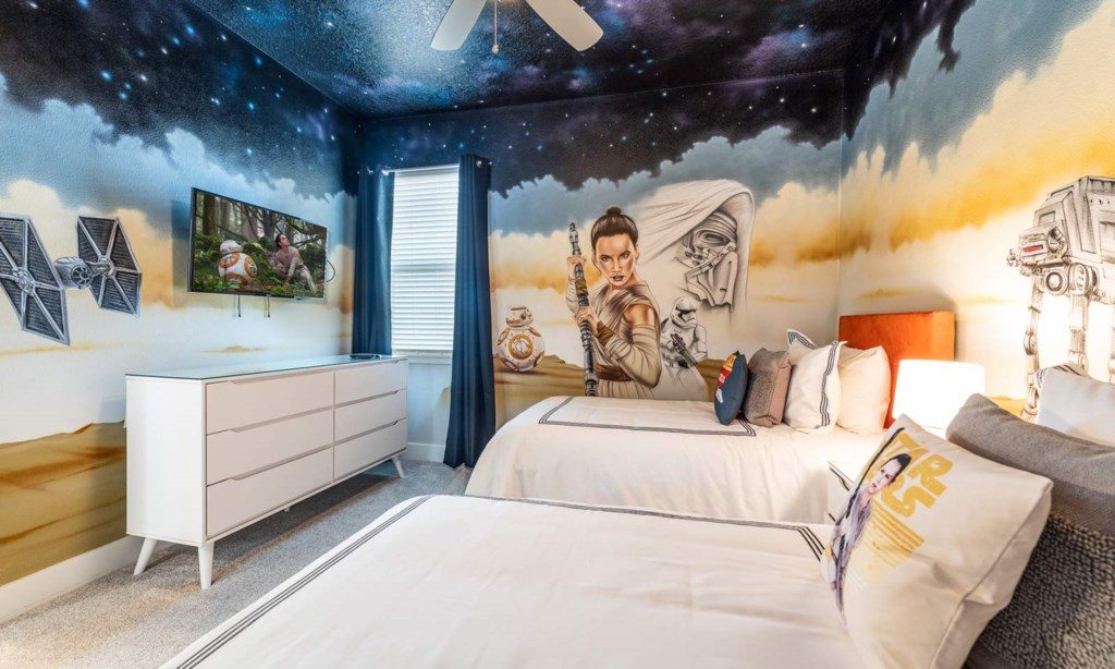 268SFS bed2-1.jpeg