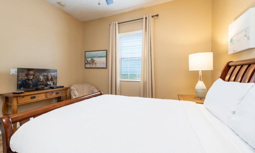 1425FVC bed2-1.jpeg