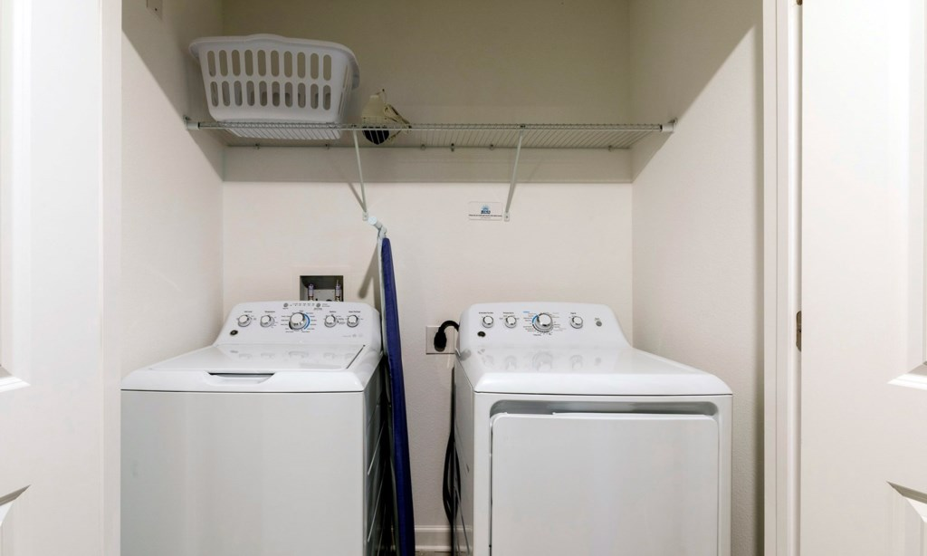 1563PMW laundry.jpeg