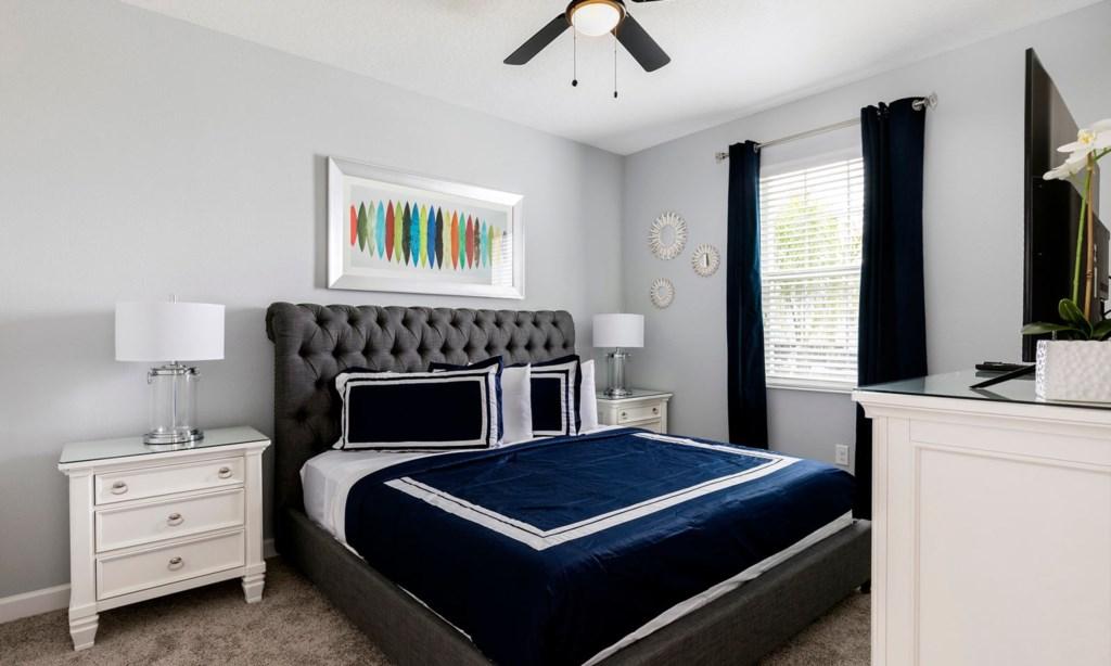 8807ILC bed2.jpeg