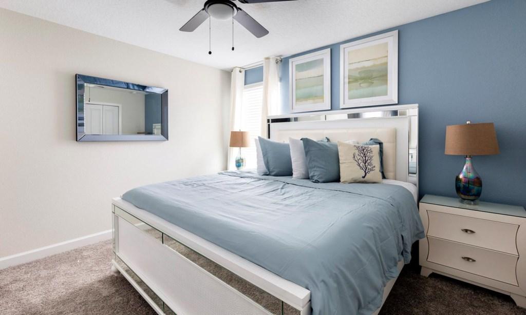 8807ILC bed4.jpeg