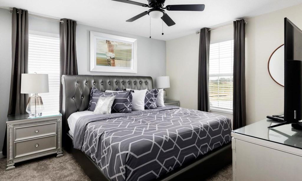 8807ILC bed8.jpeg