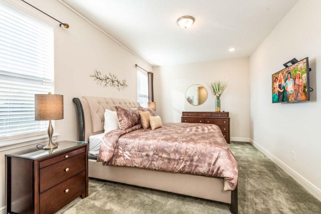 385 Southfield St bed6-1.jpeg
