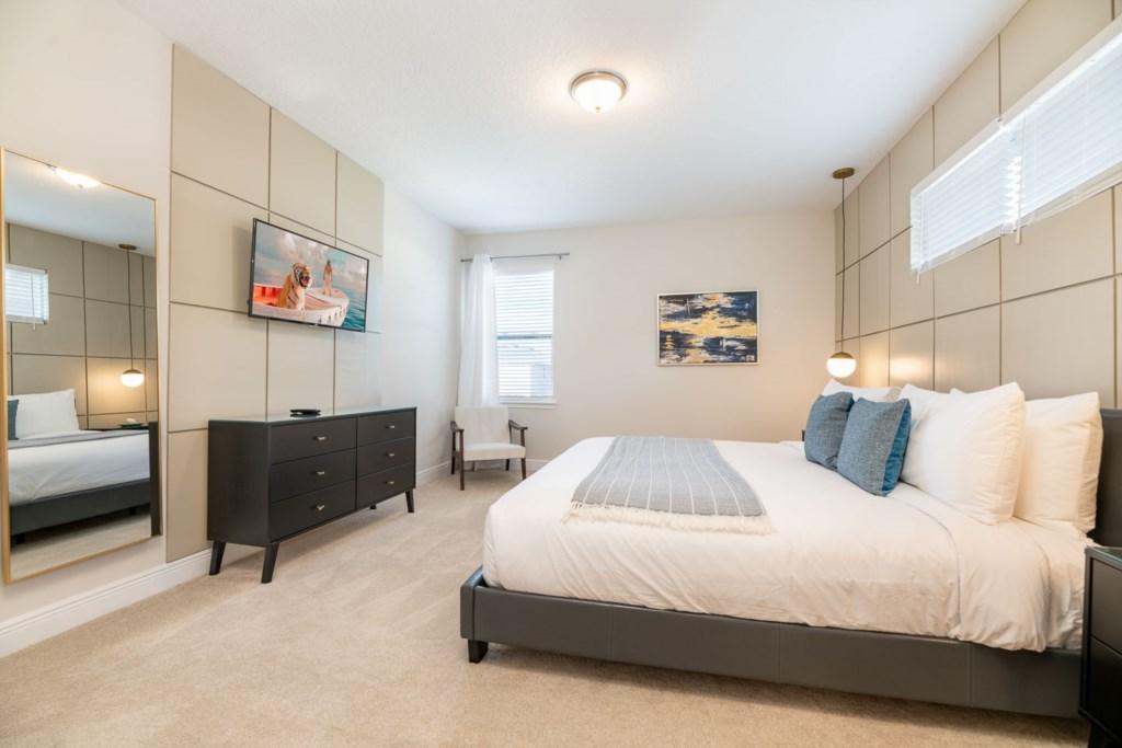 337 Auburn bed2-1.jpeg