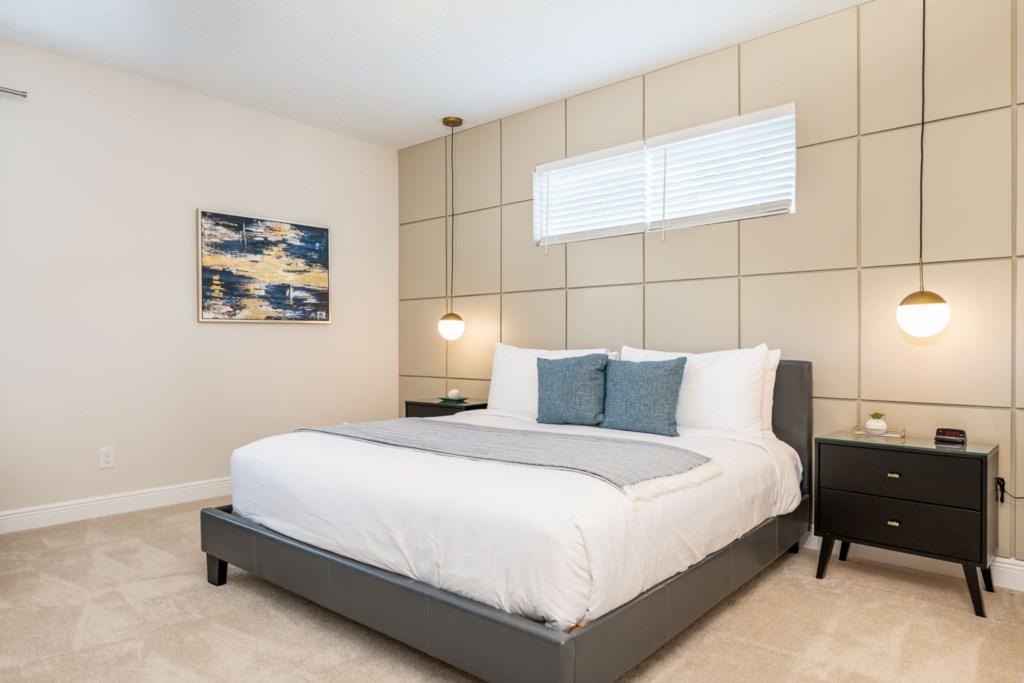 337 Auburn bed2.jpeg