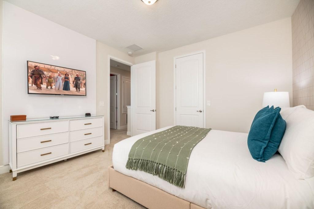 337 Auburn bed3-1.jpeg
