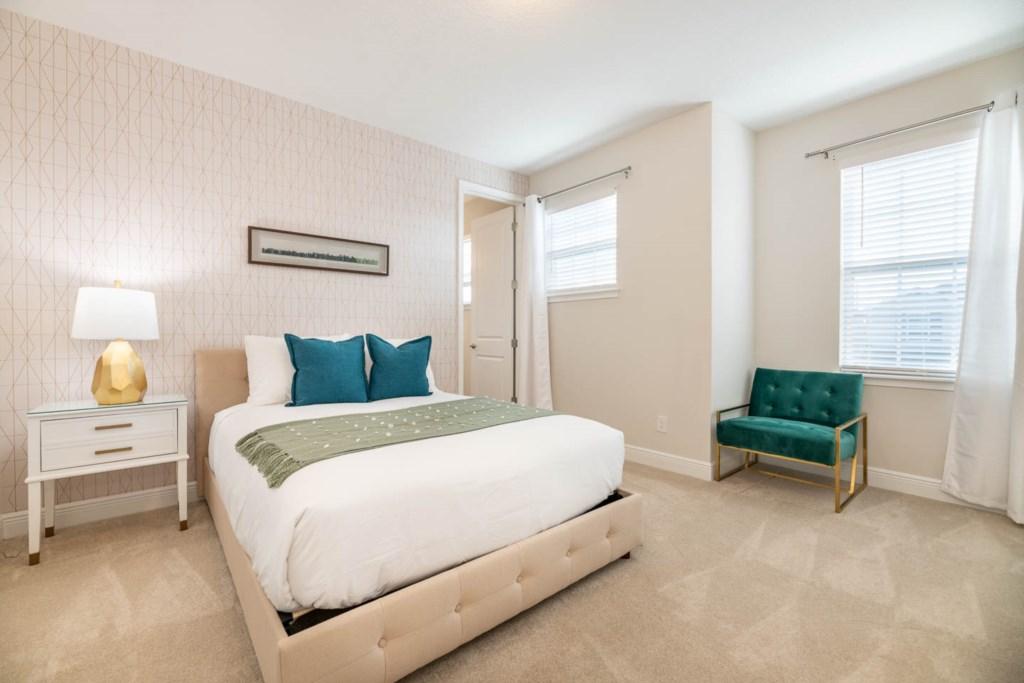 337 Auburn bed3.jpeg