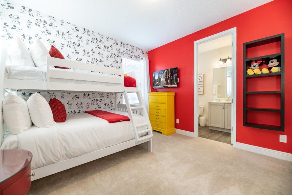 337 Auburn bed4.jpeg