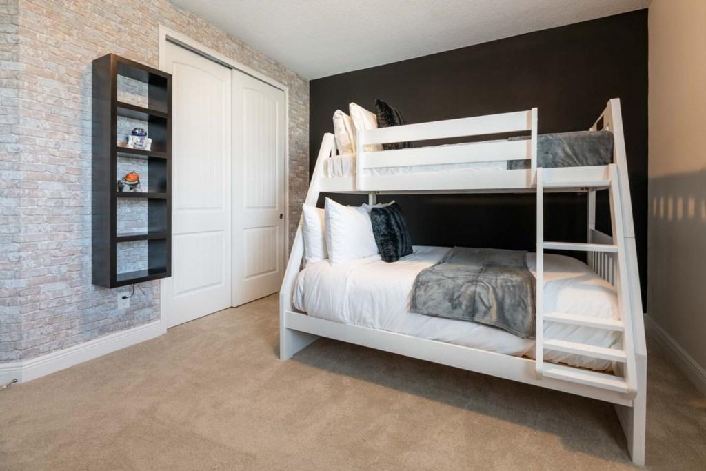 337 Auburn bed5.jpeg