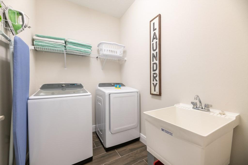 337 Auburn laundry.jpeg
