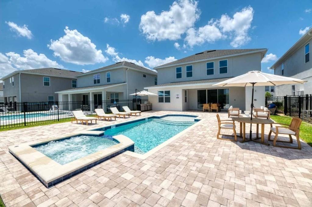 337 Auburn pool5.jpeg