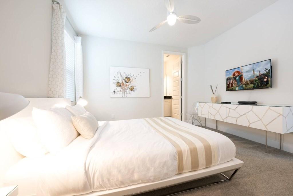 7623 Wilmington Loop bed4.jpeg