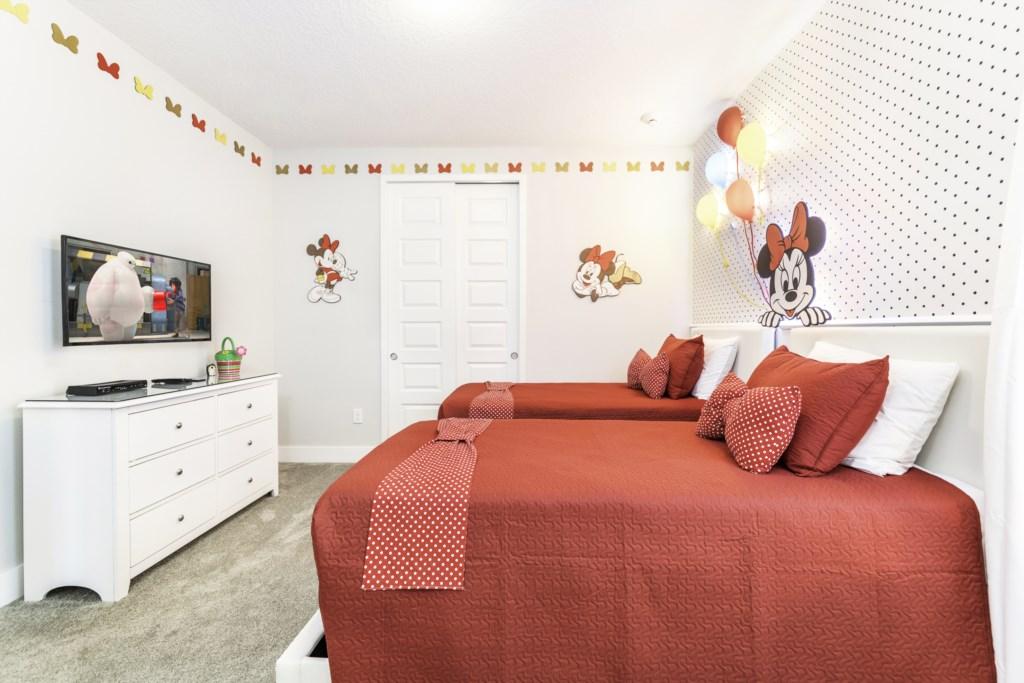 Suite 8-2.jpg