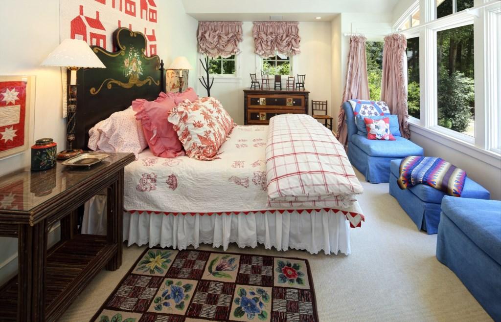 Guest Room w/Queen