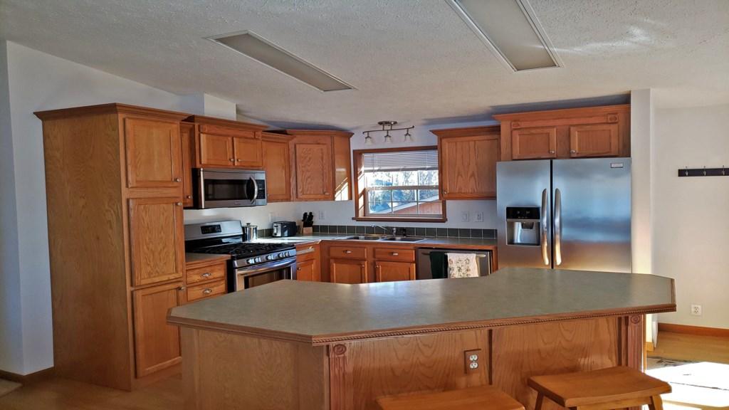 country-kitchen.jpg