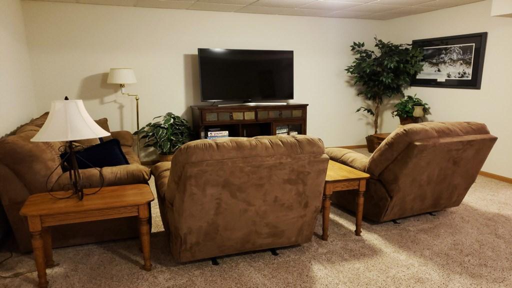 second-livingroom.jpg