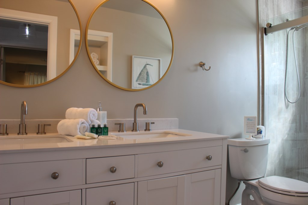New dual vanity