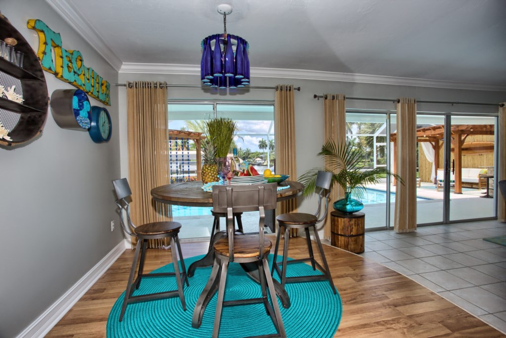 5646RiversideDrCapeCoral-print-008-BreakfastArea-4200x2804-300dpi