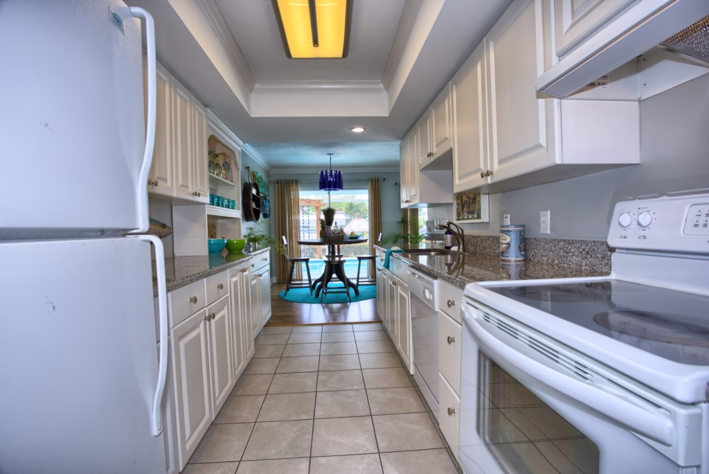5646RiversideDrCapeCoral-print-010-Kitchen-4200x2804-300dpi