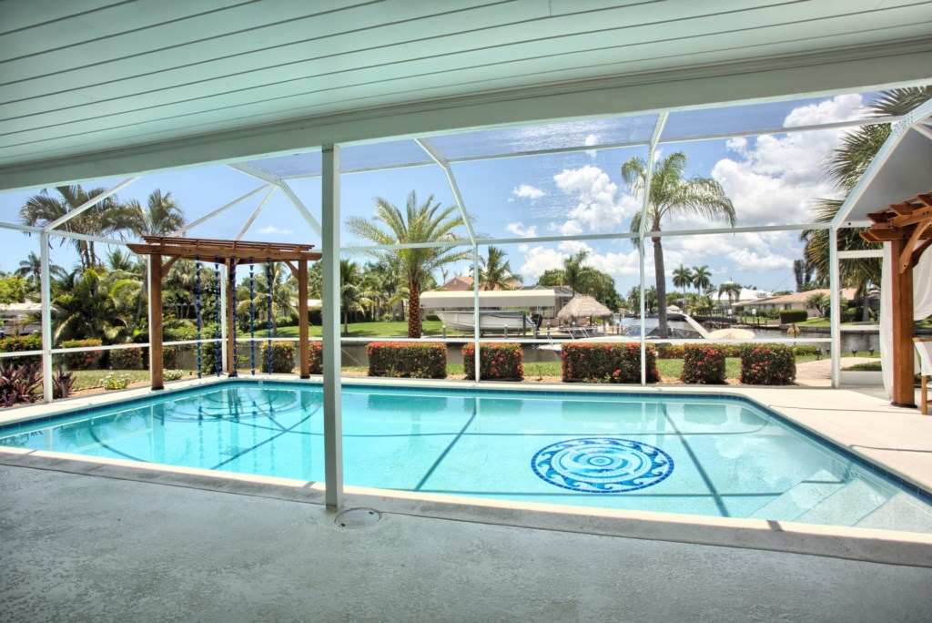 5646RiversideDrCapeCoral-print-016-Pool-4200x2804-300dpi