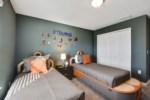 21_bedroom3