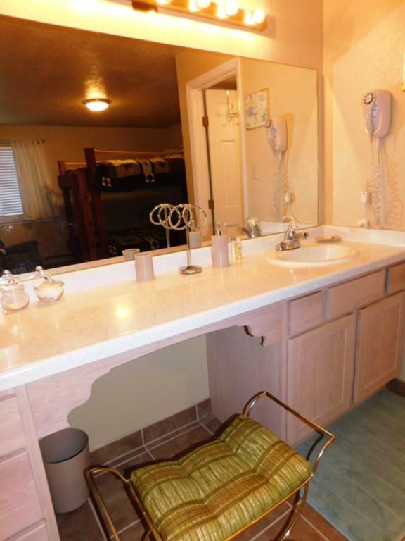 bathroom1.2.jpg