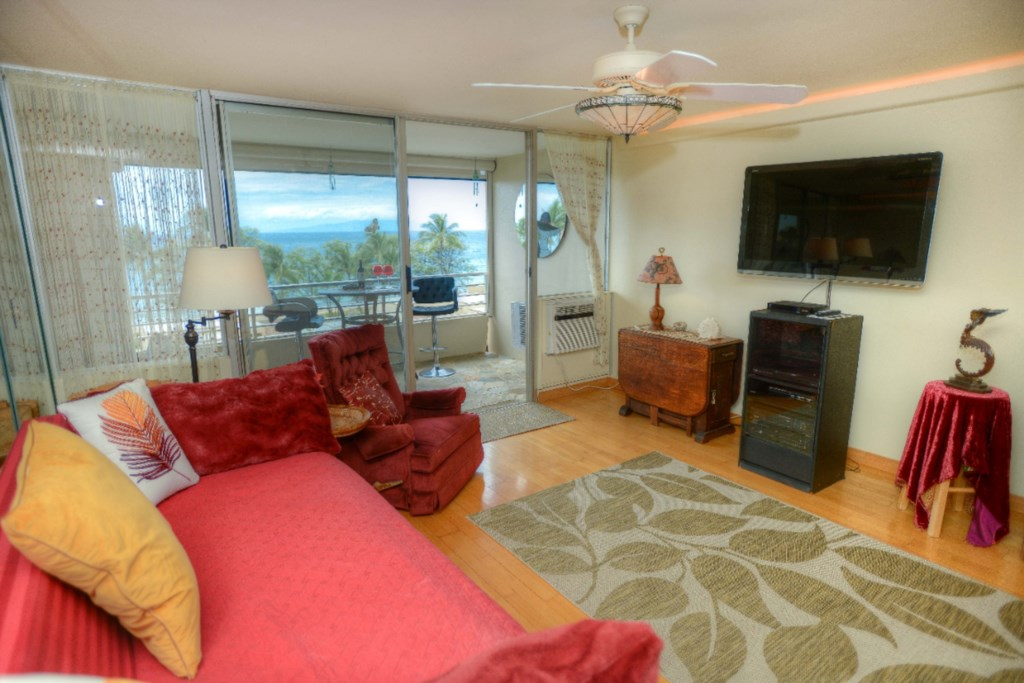 Ocean View from Living Area Large Flat Screen TV & AC