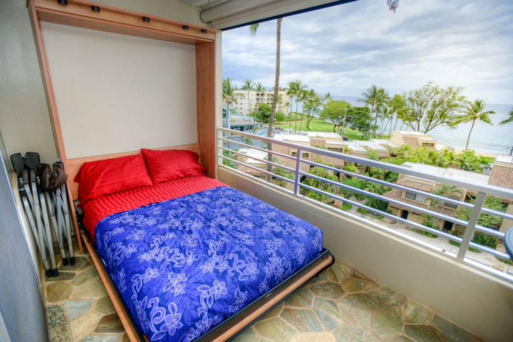 Murphy Bed w Built-In Lighting -  Lower the Electric Shade and Sleep on the Lanai!