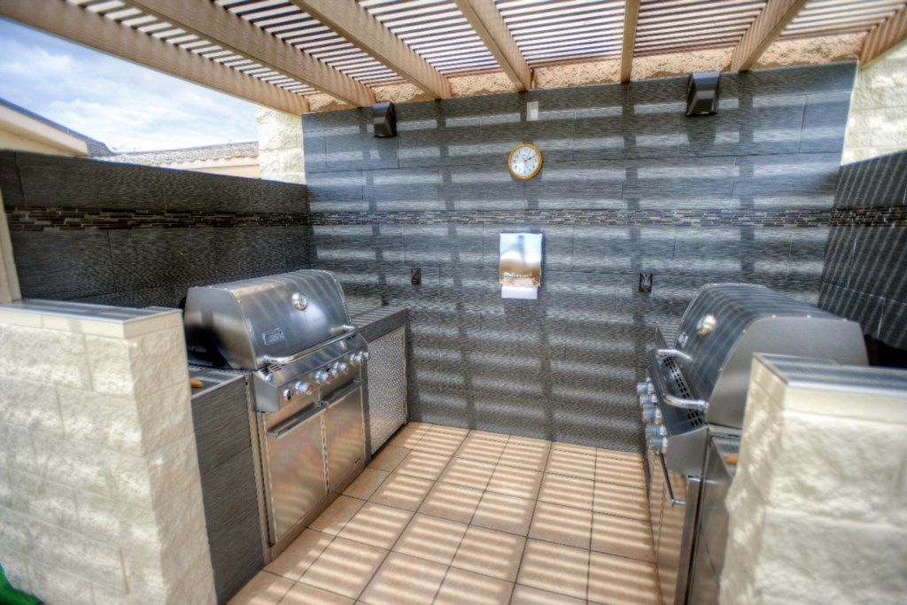 Gas Grills for Kamaole Beach Royale Guests