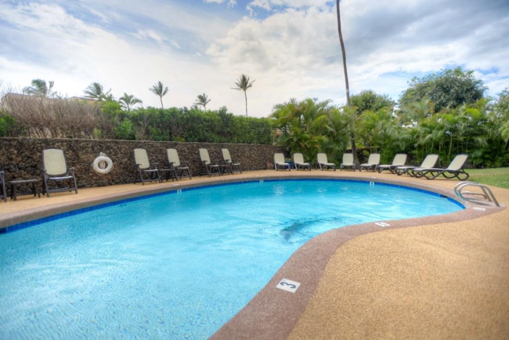 Kamaole Beach Royale Pool
