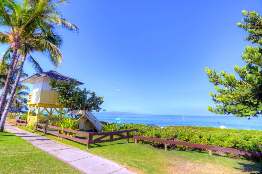 Lifeguard Tower at Kamaole Beach I