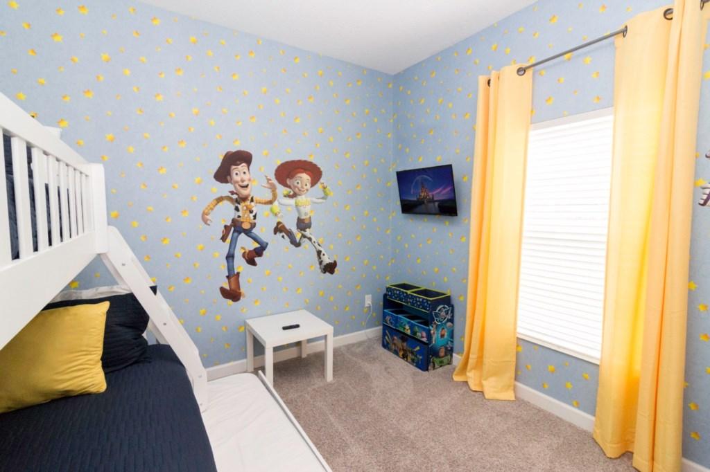 TOYSTORY BEDROOM2.jpeg